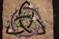 Earth Triquetra Celtic Pagan Wiccan Machine Embroidery Pattern - Instant Delivery - No Waiting
