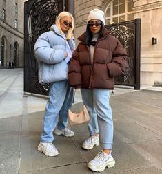Female Fitness 837247386967519614 - Behind The Scenes By culturfits Source by theamauger Winter Outfits For Work, Winter Fashion Outfits, Look Fashion, Fall Outfits, High Fashion, Prep Fashion, Trendy Fashion, Womens Fashion, Winter Fits