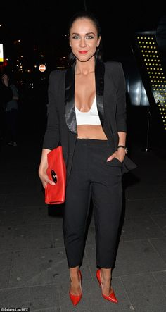 She's hardly the shy and retiring type. And, to prove it, Geordie Shore alumni Vicky Pattison stepped out in a typically flesh-baring outfit as she partied in central London on Friday evening. Geordie Shore Vicky, Vicky Pattinson, Fit Women, Sexy Women, Toned Tummy, Fashion Beauty, Fashion Looks, Victoria Beckham Style, Vacation Outfits