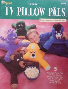 "Crochet Animal Pillow Patterns/ Needlecraft Shop TV Pillow Pals by Sandra Miller Maxfield/ Body is 12"" x 16"" Horse, Frog, Bear, Cat, Dragon by RedWickerBasket on Etsy"
