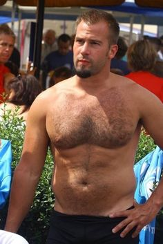 Welcome to Gay Bear Dating. So many hairy gay bears! It is easy to meet gay otters, cubsters and hairy gay bears near you. You are spoilt for choice - finding a gay bear is just a click away. Hairy Hunks, Hairy Men, Scruffy Men, Beefy Men, Beard Lover, Hipster Man, Muscular Men, Hairy Chest, Attractive Men