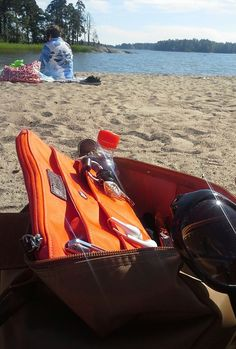 Insjö's members got some tan and great fun at beach. What about you, where are you enjoying the nice now? Insjö Coral as HOT as the sun today ; Golf Bags, Happy Faces, Coral, Sun, Nice, Sneakers, Beach, Summer, Shoes