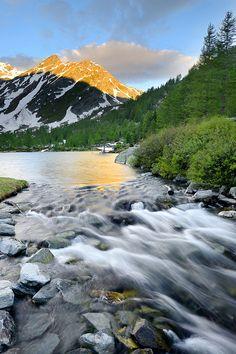 Arpy Lake, Valle d'Aosta,  Landscape