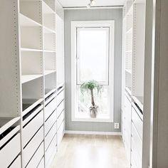 No photo description available. Nordic, Bathroom Medicine Cabinet, Shelving Unit, River House, Home, Interior, Walk In Closet, Home Decor, Nordic Kitchen
