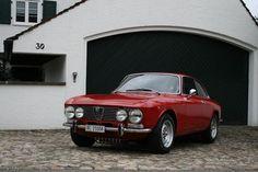 Alfa Romeo GTV 2000 Bertone Coupé