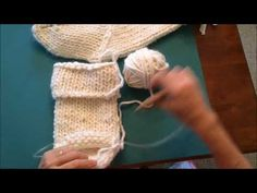 Knitting Patterns Chunky Shaping the Heel of the Chunky Knit Christmas Stocking, Video 2 of 4 Knitted Christmas Stocking Patterns, Christmas Yarn, Knitted Christmas Stockings, Christmas Knitting, Christmas Home, Christmas Sweaters, Chunky Knitting Patterns, Free Knitting, Crochet Socks