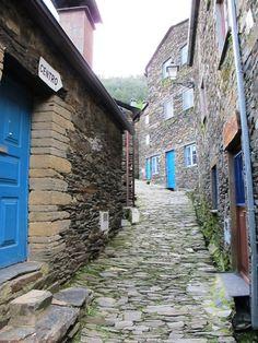 c  Piodao-aldeia de xisto - portugal