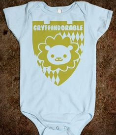 OMG, this is Gryffindorable! I need another baby!