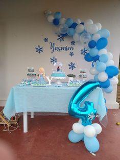 Frozen Themed Birthday Party, Disney Frozen Birthday, Frozen Party, 2nd Birthday Parties, 13 Birthday Cake, Frozen Balloon Decorations, Frozen Birthday Decorations, Frozen Theme Cake, Festa Frozen Fever