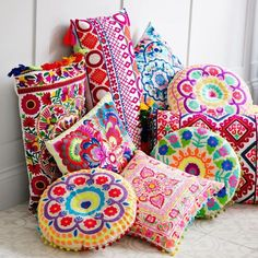 Purchase Top Quality Pillow Form Malani Impex Inc at Wholesale Pricing - Made in India  - Hundreds of Sizes and Styles