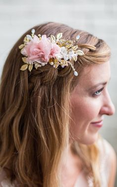 This lovely bridal headpiece combines clusters of gold leaves with delicate hand twisted stems of crystals, little floral lace bits, and your choice of either delicate organza light ivory/off white flowers OR blush organza flowers. Floral Hairvine. Wedding Bridal Hair inspiration. Blush Flower Headpiece, Ivory Flower Hair Comb. #bridal #springwedding #bridalhairclip #bridalhair #hairvine #weddings #wedding #bridalaccessories #bridalhair #affiliatelink #winterwedding