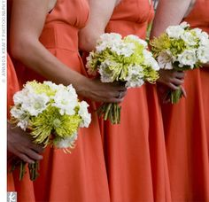 lime green spider mums bouquet | bridesmaid bouquets