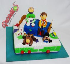 #toystory3 #Cake #Woody and #Buzz  #PEDIDOS: gerencia@pecaditos.com.co #TELÉFONOS: 6435035 - 3008950900 – 3105672077 #Whatsapp: 3008950900 #Ponqués #Bucaramanga — at #Cabecera: Cra.35 #54-113.