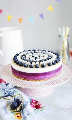 Kerrosjuustokakku | Maku Joko, Cheesecake, Birthday Cake, Baking, Desserts, Pastel, Mini, Tailgate Desserts, Birthday Cakes
