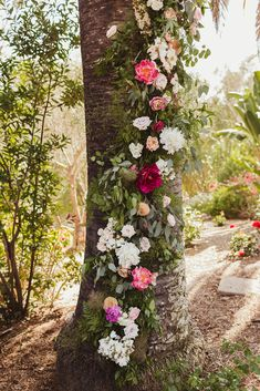 Ceremony tree flower installation at Rancho Valencia. Photo by Jamie Lee English Mod Wedding, Floral Wedding, Wedding Flowers, Wedding Dress, Rancho Valencia, Dark Castle, Flower Installation, Jamie Lee, Wedding Flower Inspiration