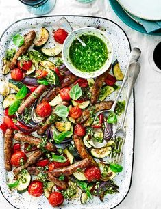 This easy recipe is ideal when you're short on time. Just bang it all in the oven and you have yourself a hearty and healthy springtime meal!