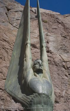Hoover Dam - Wings of the Republic Statue