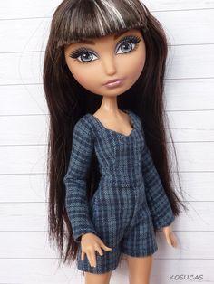 Pantsuit for Ever After High dolls. por Kosucas en Etsy