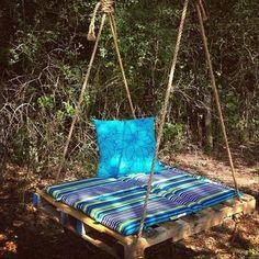 Pallet Bench swing - DIY Frugal Pallet Swings | Pallet Furniture DIY