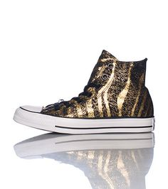 CONVERSE Mid top women s sneaker Lace up closure Gold detail Animal print  Cushioned inner sole for comfort CONVERSE logo 78da6ec85