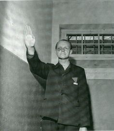 Klaus Hornig former kapo in Buchenwald having been beaten up by inmates is doing the Nazi salute while photographied by Lee Miller. James Nachtwey, Lee Miller, Steve Mccurry, Robert Doisneau, Liberation Of Paris, Evil People, The Third Reich, Man Ray, Photojournalism