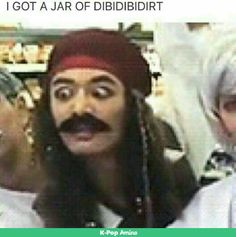 minho as jack sparrow XD i laughed too loud XD