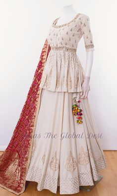 choli-Raas The Global Desi-[chaniya_choli_online]-[chaniya_choli_for_garba]-[chaniya_choli_for_navratri]-Raas The Global Desi Party Wear Indian Dresses, Designer Party Wear Dresses, Indian Gowns Dresses, Indian Bridal Outfits, Indian Fashion Dresses, Dress Indian Style, Indian Designer Outfits, Choli Blouse Design, Choli Designs