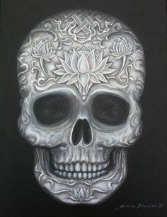 Black and White Carved Tibetan Skull van SandyLandStudio op Etsy