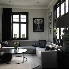 Achromatic interior colour scheme.