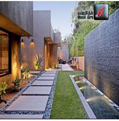 Steal these cheap and easy landscaping ideas​ for a beautiful backyard. Get our best landscaping ideas for your backyard and front yard, including landscaping design, garden ideas, flowers, and garden design. Modern Landscaping, Outdoor Landscaping, Front Yard Landscaping, Backyard Patio, Landscaping Ideas, Backyard Ideas, Modern Backyard Design, Inexpensive Landscaping, Backyard Designs