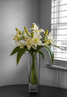 Artificial flowers have become a very cheap option when compared to real flowers, however not everyone has an endless budget to create the arrangement of their dreams.  #artificialflowers #flowers #homedecor #homedecorating #decoration #decor #arrangement #weddingdecor #silkflowers #eventdecor #CountryAccent #floral #boutique #Australia