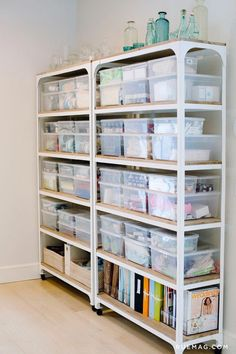 39 Home Office Storage and Organization Ideas - craft room storage - Small Office Organization, Home Office Storage, Craft Organization, Home Office Design, Home Office Decor, Office Ideas, Organized Office, Organized Craft Rooms, Home Organisation