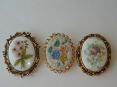 Vintage 3 Piece Porcelain Cameo Style Brooch Set Floral Pin Pendant #Jewelry #Deal #Fashion
