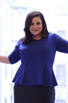 The perfect peplum. @rosaliz wears the Blue Bubble Jaquard Bardot Flare Top by Pink Clove.