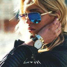Blue mirror aviators.