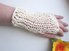 Handknit Fingerless Gloves in Organic Cotton for by DoucesLaines, €32.00