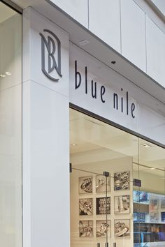 We 39 re changing the way you shop stop by the new blue nile for Roosevelt field jewelry stores