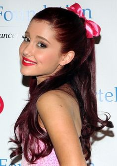 Ariana Grande !!!!!! <3<3<3<3