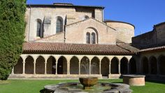 Saint Hilaire Abbey - A little jewel which houses unique works and the secrets of the birth of the world's first Saint Hilaire AOC Limoux : sparkling wine, in the heart of the unspoiled valleys of the south of Carcassonne.