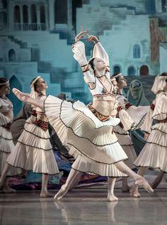 Kristina Shapran in Le Corsaire at Mikhailovsky Theatre. Photo by Jack Devant