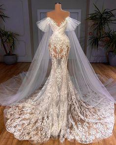 Gala Dresses, Event Dresses, Ball Gown Dresses, Bridal Dresses, Beautiful Prom Dresses, Dream Wedding Dresses, Pretty Dresses, Wedding Gowns, Wedding Dress Bustle