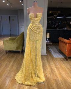 57 Elegant Dresses That Always Look Fantastic - Daily Fashion Outfits Yellow Evening Dresses, Elegant Prom Dresses, Glam Dresses, Strapless Dress Formal, Formal Dresses, Formal Evening Gowns, Couture Dresses Gowns, Dress Long, Beautiful Gowns