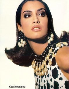 Vogue USModel: Yasmeen Ghauri     Keep the Glamour   BeStayBeautiful