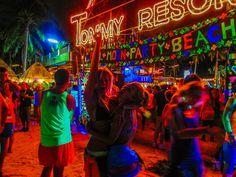 I had heard many legendary stories of the infamous Full Moon Party, and I was NOT going to miss it when I made plans to travel to Thailand! The massive party takes place on a stretch of beach on Koh Phangan island in Thailand. Each month, Bangkok Travel Guide, Thailand Travel, Thailand Vacation, Thailand Adventure, Adventure Travel, New Travel, Asia Travel, Full Moon Party Thailand, Laos