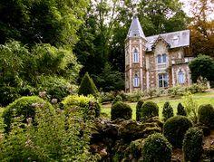 Little Château with Cute yard