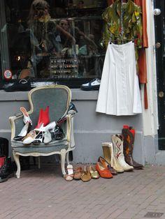Vintage / 2nd hand shop Amsterdam