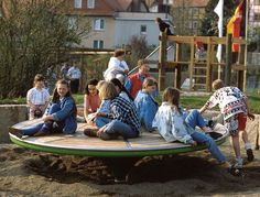 Hang-outs, Richter Spielgerate - Playscapes
