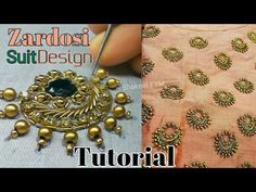 This video will show you a beautiful saree blouse design tutorial of aari needle work. Welcome To SHAKEEL FYM To Learn Aari work / maggum work Basics watch o. Zardosi Embroidery, Hand Work Embroidery, Embroidery Motifs, Simple Embroidery, Hand Embroidery Designs, Zardosi Work Design, Zardosi Work Blouse, Motif Simple, Hand Work Blouse Design