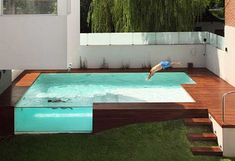 Popular Above Ground Pool Deck Ideas. This is just for you who has a Above Ground Pool in the house. Having a Above Ground Pool in a house is a great idea. Tag: a budget small yards Above Ground Swimming Pools, Outdoor Swimming Pool, Above Ground Pool, In Ground Pools, Pool Backyard, Rooftop Pool, Modern Backyard, Oberirdische Pools, Cool Pools
