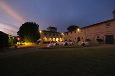 www.lecerimonie.it Villa nelle colline toscane